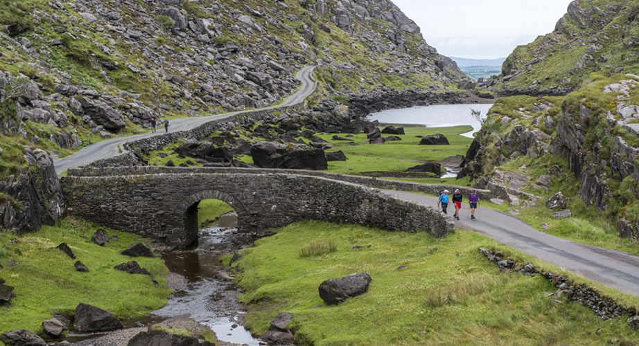 1 DAY LAKES OF KILLARNEY & GAP OF DUNLOE (Spring/Summer Special from Tralee/Killarney)