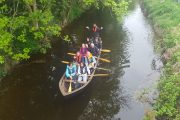 small group adventure tour on river Boyne